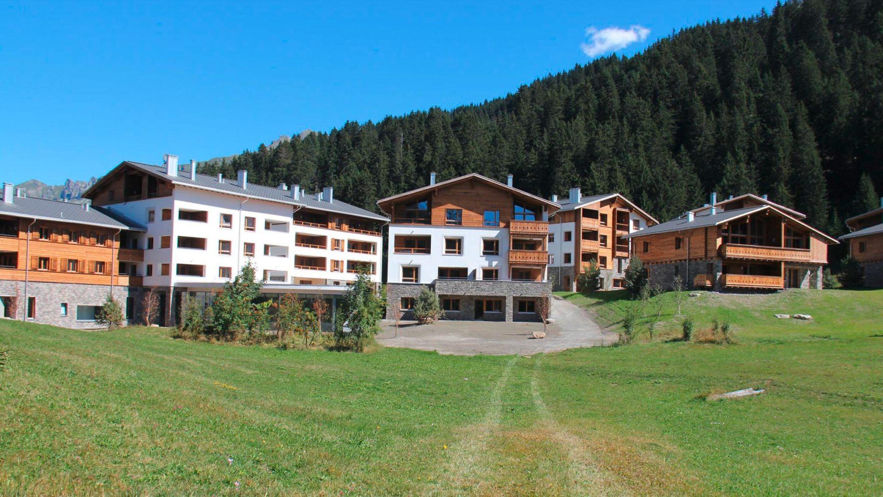 Ferienresort AlpinLodges Lenzerheide (Fertigstellung 2013)