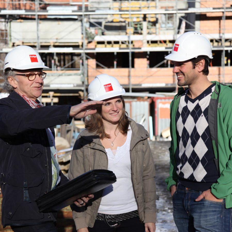 Baustellenbesichtigung mit dem Spezialisten von den Frutiger AG Immobiliendienstleistungen